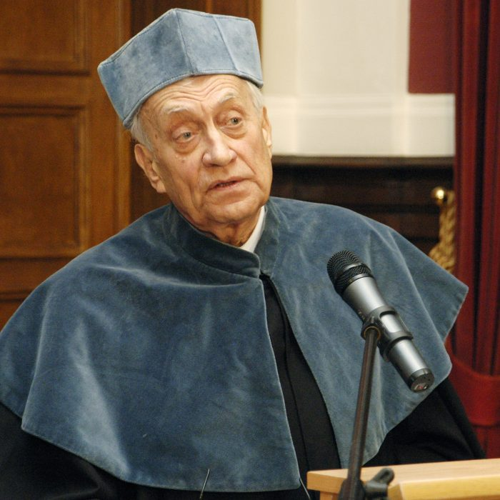 prof. Piotr Skubiszewski